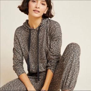 Sundry Leopard Print Cozy Hoodie Sweatshirt Size 2